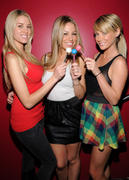Sara Jean Underwood, Jessica Hall, and Heather Rae Young - Sugar Factory (2xMQ)