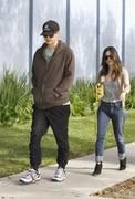 Рейчел Билсон, фото 8373. Rachel Bilson - out and about in Los Feliz 01/29/12, foto 8373
