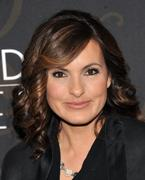 Mariska Hargitay @ Mildred Pierce premiere in New York 21-03-2011